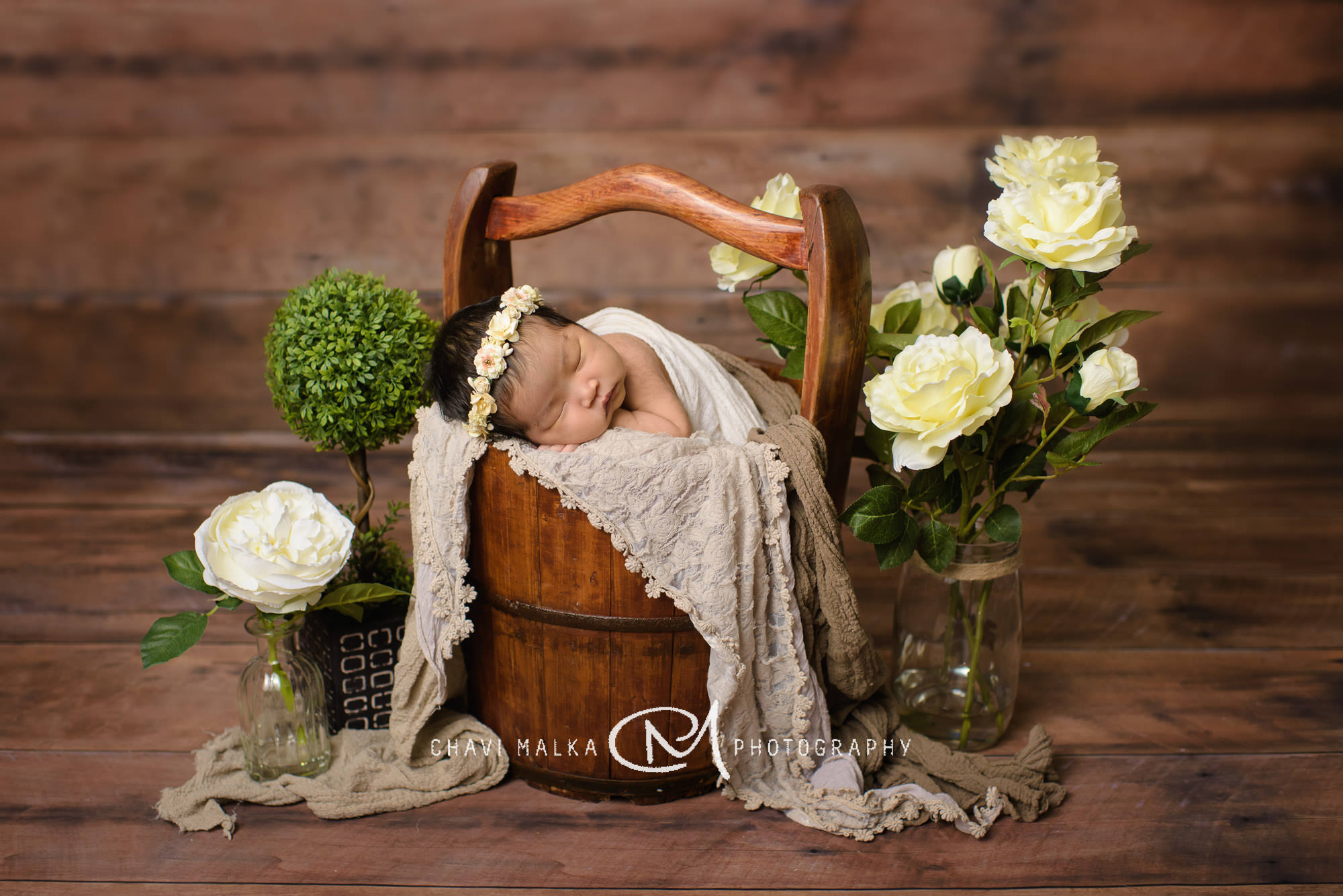 Gorgeous Family with Newborn Baby Girl | Mineola NY Photographer